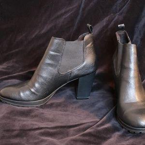Black DexFlex Comfort Ankle Boots Size 11
